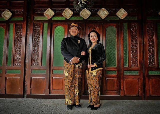 Sewa Beskap Jawa Sewa Beskap Di Jakarta Hubungi Hp Dan Wa Di 085 211711 318 Atau 0812 9704 6330 Sewa Baju Jawa Sewa Kebaya Jawa Beskap Jawa Kebaya Jawa Kebaya