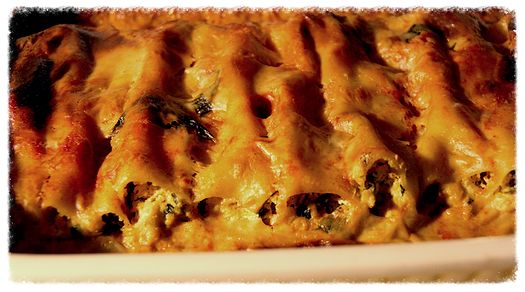Vegan Cannelloni: Get the recipe here! http://www.theroadnottaken.com.au/#!christmas-cannelloni/cj8g