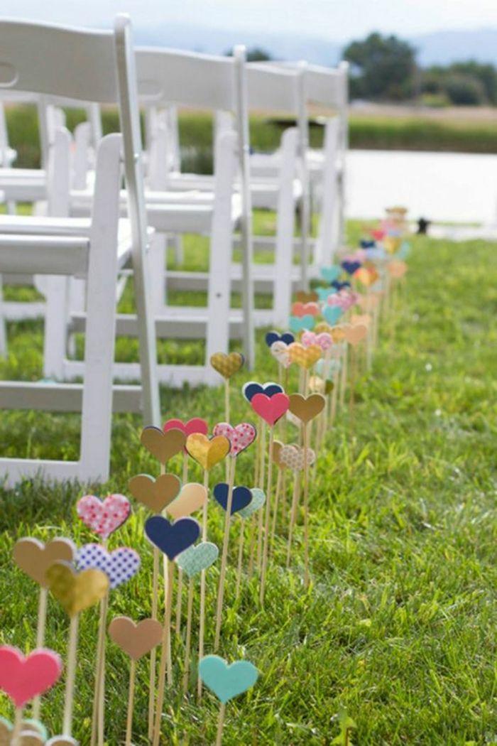 Good Romantische Hochzeit am Abend mit vielen Gl hbirnen