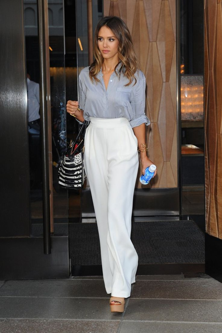 Jessica alba office chic fashion. Blue shirt with high waist white pants. Classy, simple and elegant.
