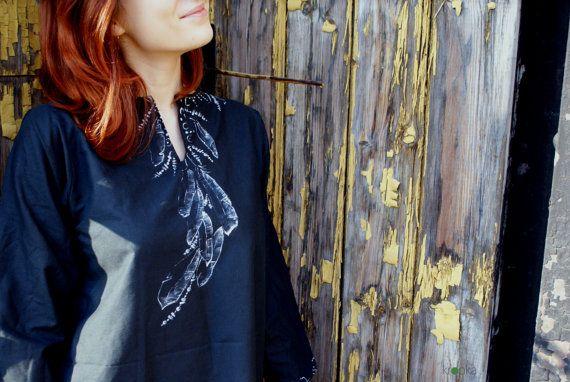 Black tunic Tunic with feathers Eco friendly tunic by KropkaDesign #kropka #handpainted #feathers #plumage #black #tunic