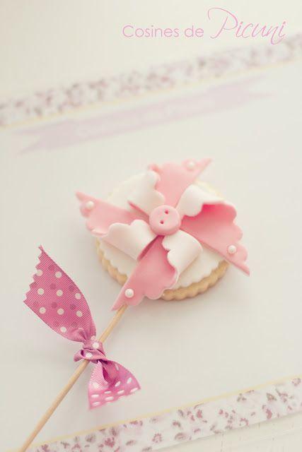 Galleta Bebé ♥Cosines de Picuni♥ http://blog.bonitisimo.com/2012/11/primer-curso-de-galletas-decoradas-de.html