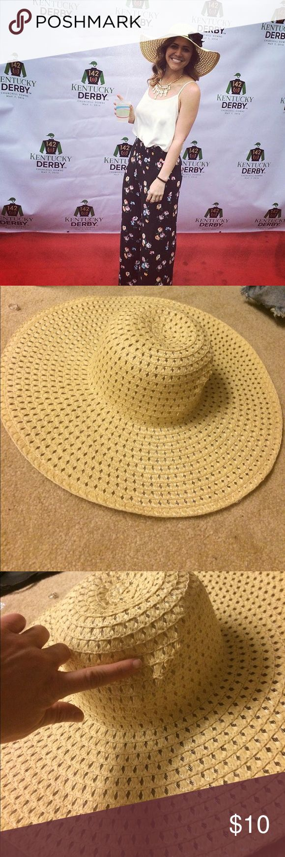 Cute sun hat Purchased at Tj max, I wore it for derby day the last two years. It has a pull on one side magid hats Accessories Hats