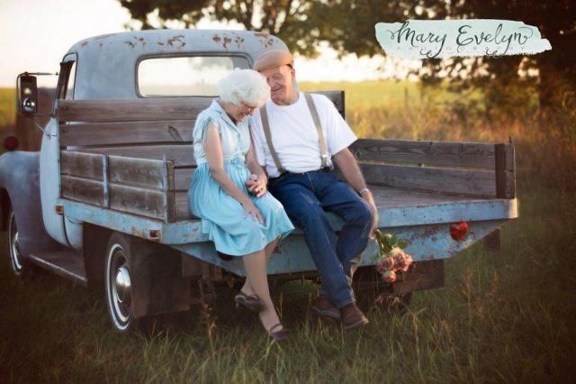 Para postanowiła na 57 rocznicę ślubu zrobić sobie sesję zdjęciową. Tak powinien wyglądać każdy związek