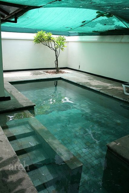 A private plunge pool at Heritage Madurai, a 17-acre resort originally called the Madurai Club and was designed by the famous Sri Lankan architect Geoffery Bawa.