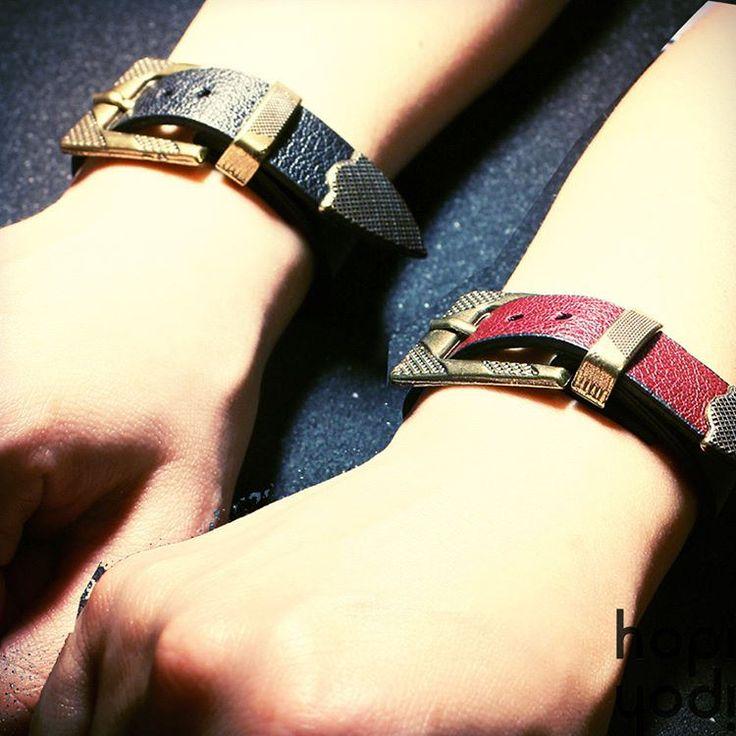 https://flic.kr/p/TeacY1   Yargıcı Bileklikler.. Siyah, Kahve ve Lacivert renkleriyle stoklarımızda... #yargıcı #bileklik #deri #bileklik #bilezik #deribileklik #deribilezik #kemerlibilezik #yargıcıbileklik #tarz #takı #aksesuar #hediye #moda #fashion #ücretsizkargo