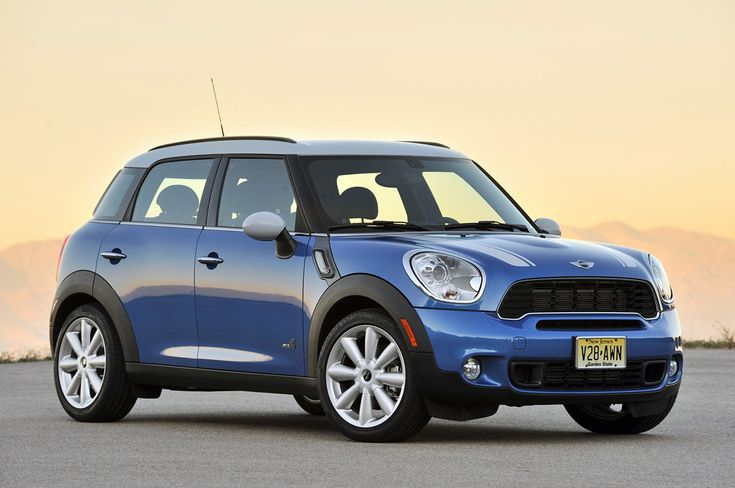 "Mini Countryman!   LOVE my true blue mini which I call ""Dutch blue"" for my beloved Holland"