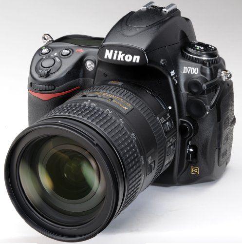 Nikon D700 Kit AF-S 28-300 millimetri ED VR - Fotocamera reflex digitale