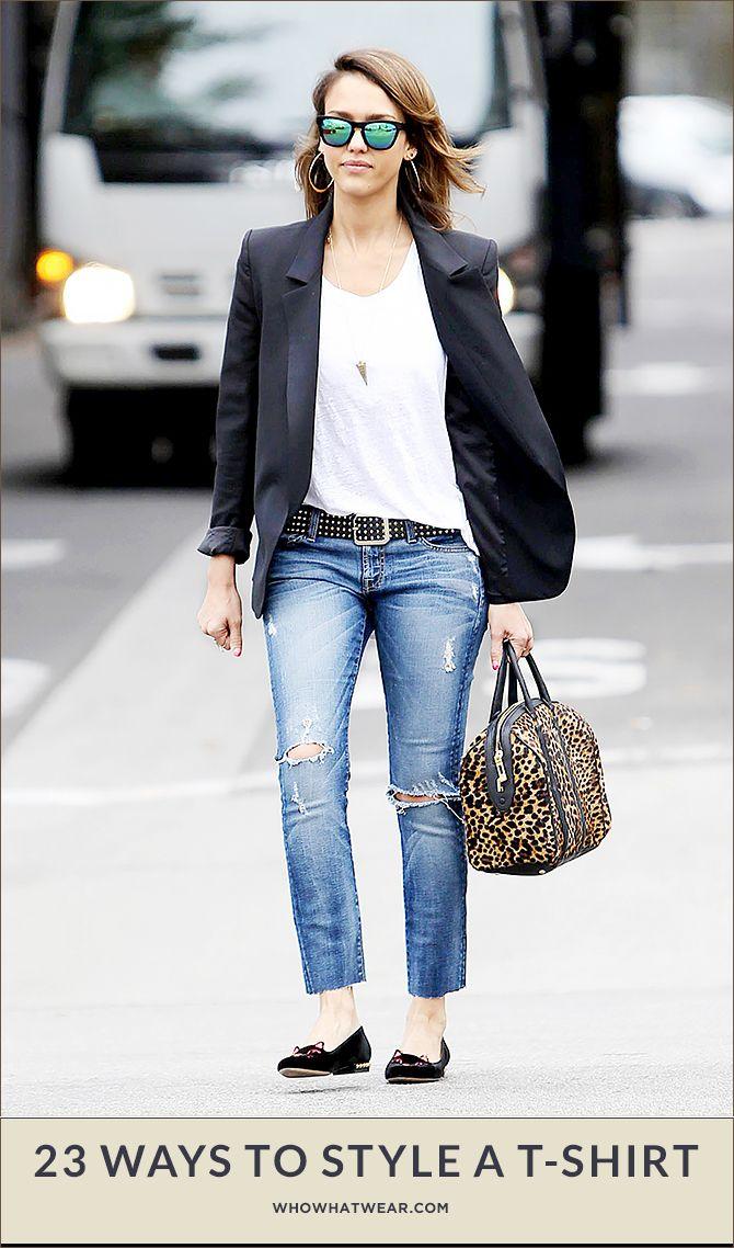 Zwarte blazer, wit shirt, jeans, zwarte ballerina's, zwarte tas