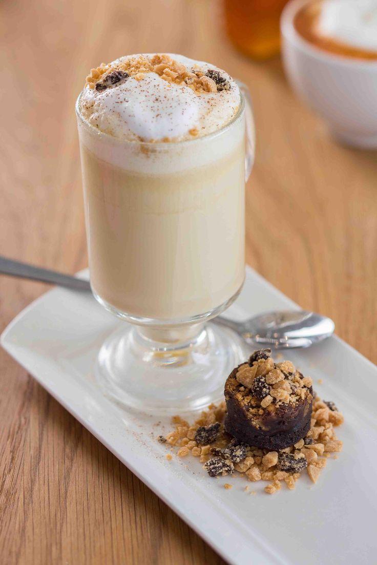 Wynnuus: Maak seker dat jy jou kafeïenregmaker kry by die splinternuwe koffiespyskaart by Die Huis van J.C. Le Roux se Le Venue restaurant.