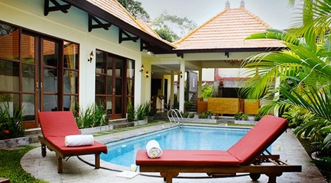 Situated in Canggu, an area famous for farm and terracing , Dura villas is an enjoyable, confortable and luxurious to stay  www.travelling-bali.com