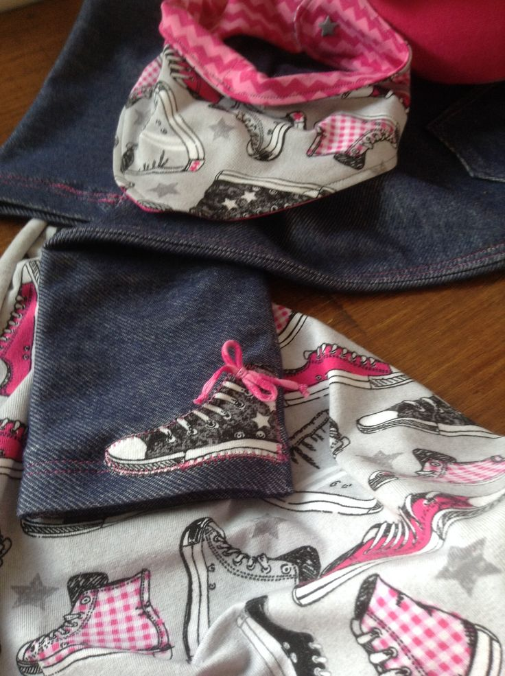 Set für die Jeans aus wunderschönem Jersey Stoff