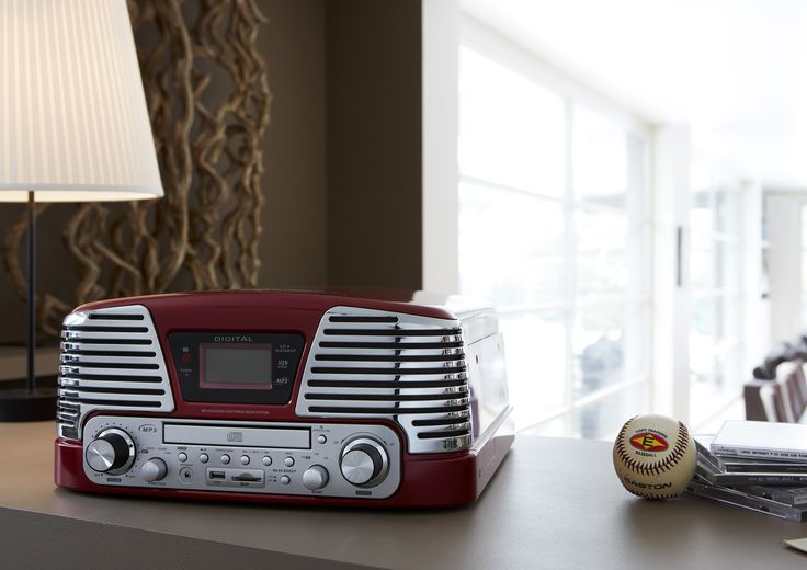 """TD79 Turntable """"60's"""" (red) Turntable 33/45/78 RPM CD Radio MP3 USB with encoding function. http://www.bigbeninteractive.it/produit/produit/id/6870"""