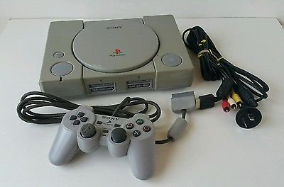 Sony Playstation 1 Console SCPH-9002 PAL PS1 Controller / Leads included.
