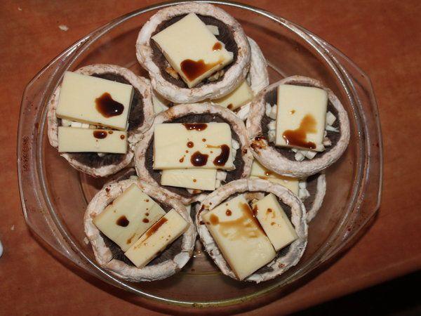 Ciuperci cu cascaval si sos de soia - Bucataria cu noroc