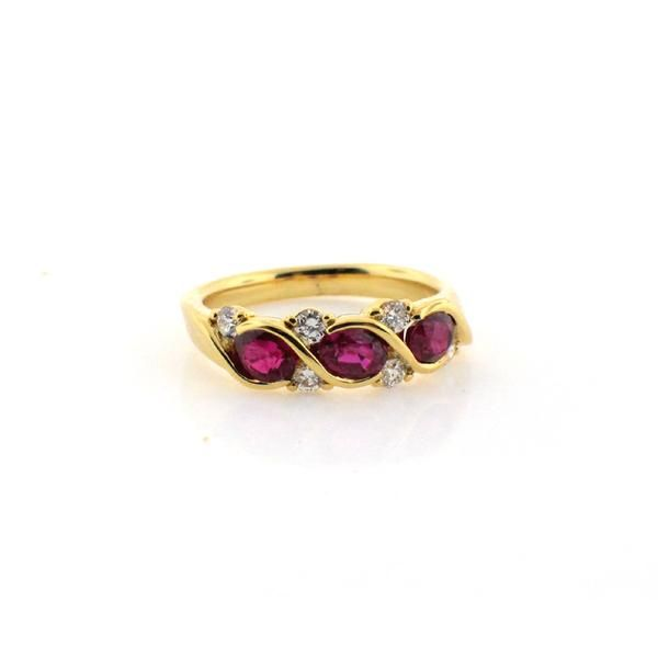 Suwa Ruby Diamond and 18 Karat Yellow Gold Ring – Seattle Jewelry | Fox's Seattle