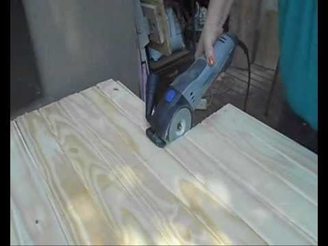 The DIY Divas just received a Dremel Saw Max to try out. I am busy making a Dog Kennel for the Easy DIY magazine and thought this would be a great opportunity to put the Dremel Saw Max to use, to see exactly what it can do. http://www.home-dzine.co.za/diy/diy-using-sawmax.htm