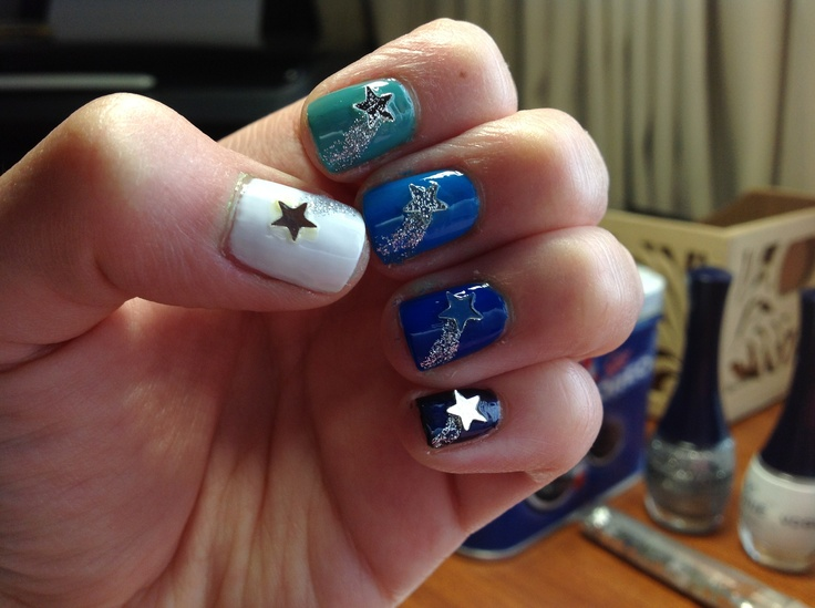 Ombre nails and falling stars