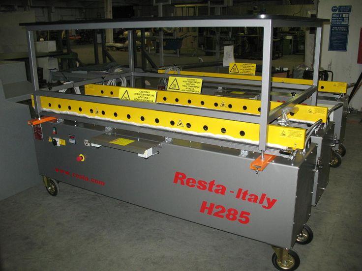 Barra saldante mobile H285 è una saldatrice per sacchi in polietilene, carrellata e dotata di banco di appoggio.