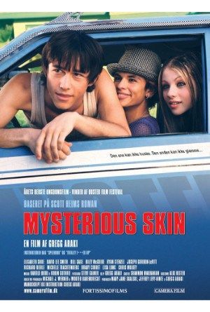 Mysterious Skin 2004 Online Full Movie.A teenage hustler and a young man obsessed with alien abductions cross paths, together discovering a horrible, liberating truth.