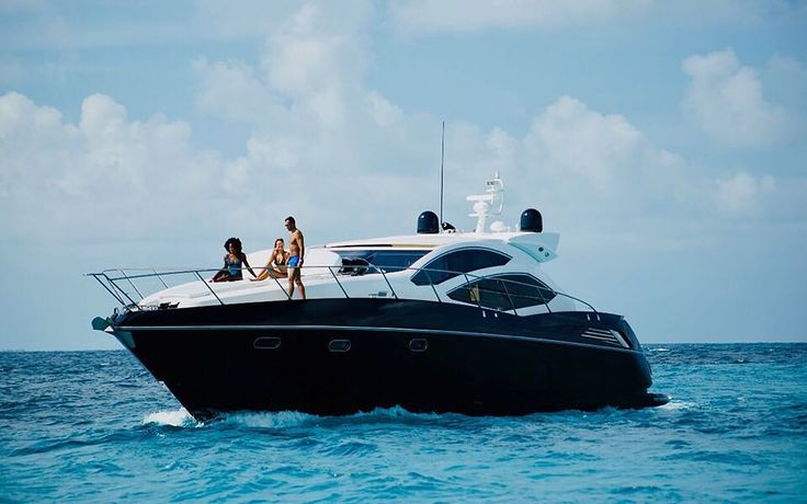 Cancun luxury yacht charters
