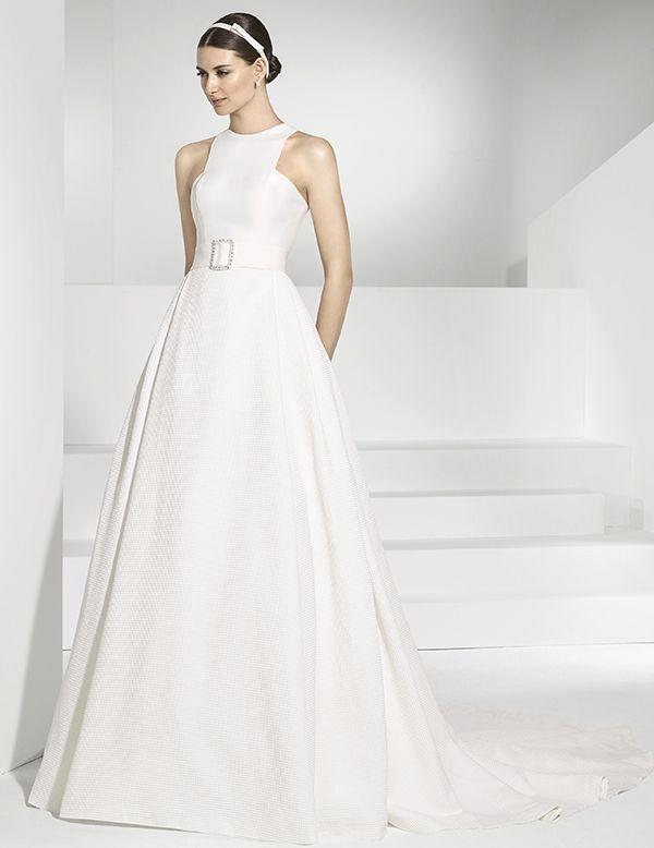 vestidos de novia de aire minimalista de cuerpo de falla y falda en