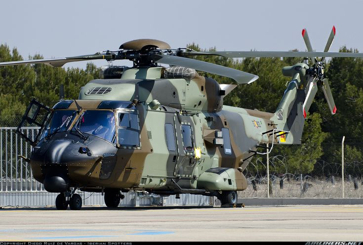 NHI NH-90 TTH: Spanish Army (Spanish: Ejército de Tierra) HT29-03 / ET-803 (cn 1264) First NH-90 wearing the full Spanish Army colour scheme.