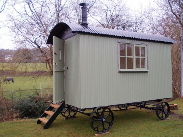 17 best images about gypsy wagons on pinterest modern gypsy sitting rooms and sheep - The mobile shepherds wagon ...