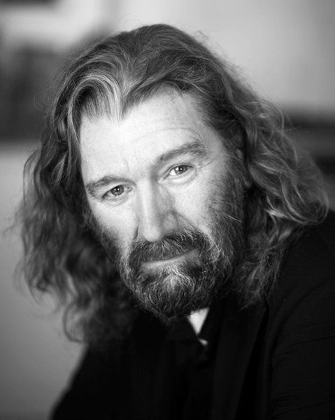"Nicknamed ""the Old Fox,"" Jamie's manipulative grandfather will be played by Clive Russell in #Outlander Season 2."
