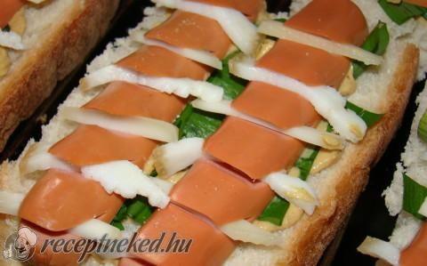 Tavaszi melegszendvics recept fotóval