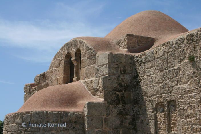 Cabras, schiereiland Sinis, Westen > vliegveld Alghero of Cagliari > flamingo's en de antieke stad Tharros > veel stranden, veel wind