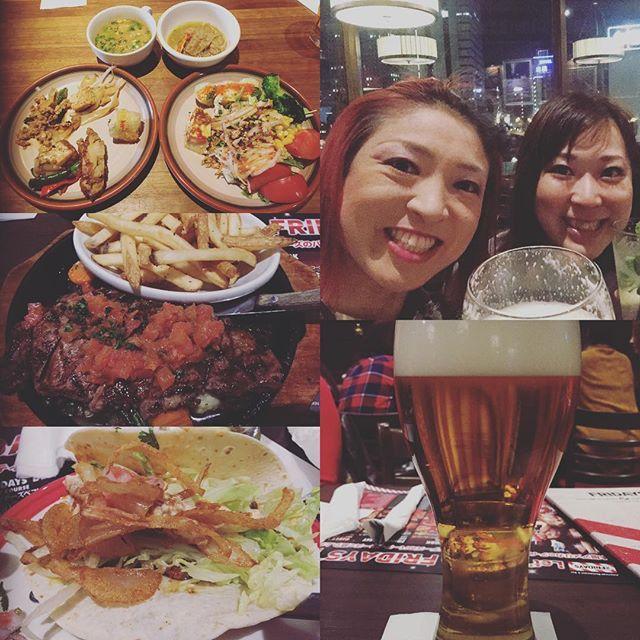 Instagram【misa.dafi】さんの写真をピンしています。 《イベント後はアメリカ料理屋さんに行きました🍴🍺めっちゃうまかった😊❤️❤️❤️ そして今日はタイ料理食べて新潟帰ってきました〜🚅❄️❄️❄️ #タイ料理 #タイ料理大好き #アメリカ料理 #ステーキ #タコス #ナチョス #tgifridays #お店気に入った #横浜 #yokohama #桜木町 #ゆずの聖地 #夜景 #めっちゃきれいだった #お酒と #料理に #夢中 #写真撮り忘れた @ma_yumayu_ #thankyou #新潟 #comeback》