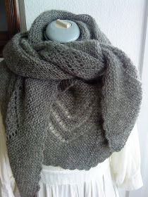 Selvom det er forår og vi er midt i maj måned, skal der lidt lunt til. Dette sjal er stort, måler 30 x 250 cm, strikket i uld, fra AG's s...