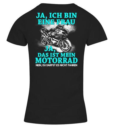 Motorrad Shirt  Superbike  Moto Frau  –  V-Ausschnitt T-Shirt Frauen  #Shirts #T…