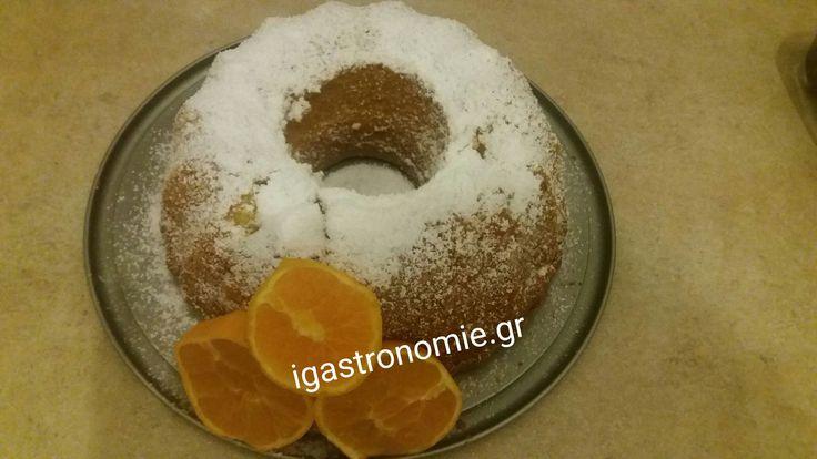 Το έφτιαξα πάλι και μοσχομύρισε ολο το σπίτι !!! Από τα ωραιότερα κέικ και πιο εύκολα !!! Τι χρειαζόμαστε: Loading... 1 φλ λάδι 4 αυγά 1 φλ ζάχαρη 2 φλ αλέυρι για όλες τις χρήσεις 1 πορτοκάλι ζουμερό ολόκληρο με την φλούδα 3 κ.γ μπέικιν πάουντερ Πώς το κάνουμε: Βάζουμε στο μούλτι το ολόκληρο πορτοκάλι …