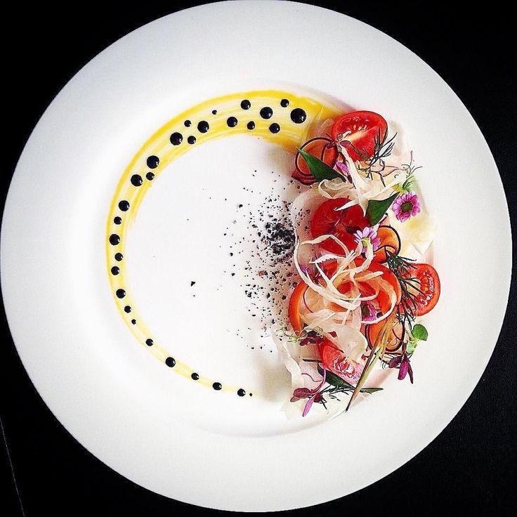 """いいね!4,373件、コメント40件 ― Linking the Culinary Worldさん(@cookniche)のInstagramアカウント: 「""""Summer treat"""" - Root and tomato salad by @chef_michel_lombardi ⭐️ Join our culinary community on…」"""