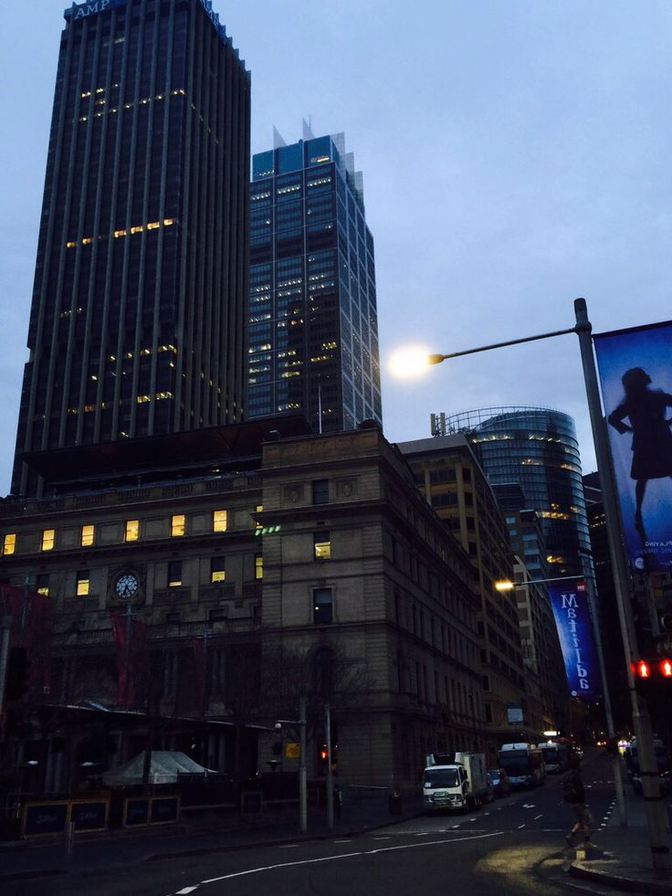 How do you start your day Sydney? Our lights shine on New York..see you very soon New York..time happy smiles #NYC