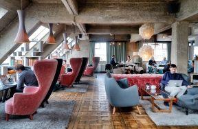 Un loft all'ultimo piano di un palazzo del 19° secolo nel centro di Oslo - Elle Decor Italia