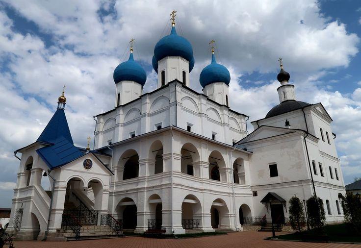 Зачатьевский собор (Россия, Серпухов)