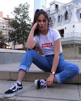 Entspannte Outfits mit einfachen PRINTED T-SHIRTS, die Sie JUNG aussehen lassen