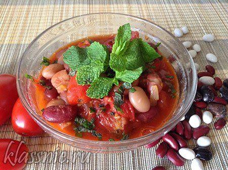 Фасоль в томатном соусе с мятой | Классные вегетарианские рецепты
