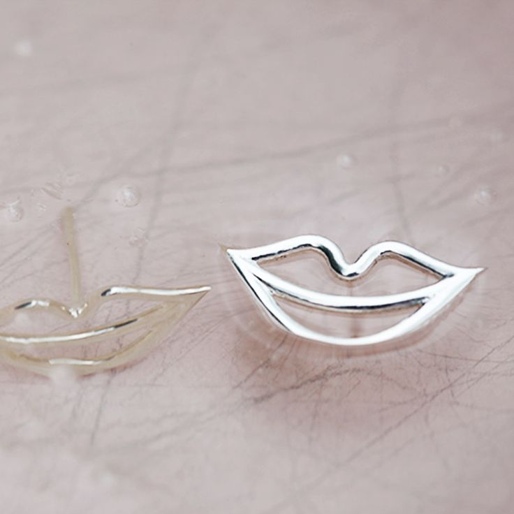 The SECRET ear studs are all about inviting people to whisper something in your ear. Maybe a flirt, a compliment or maybe you will be let into other peoples secrets. http://lulubadulla.tictail.com/product/secret-ear-stud-silver