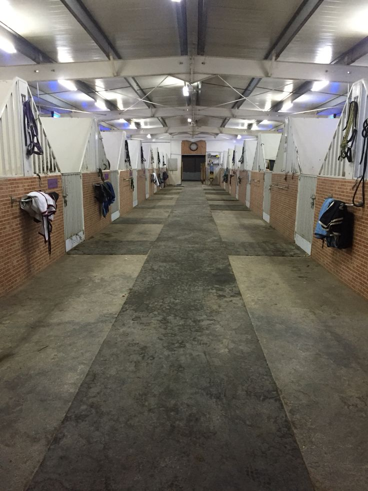 Horse Barn Aisle Amp Stall Flooring A Collection Of Ideas