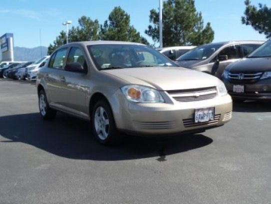Sedan, 2007 Chevrolet Cobalt LS with 4 Door in Inglewood, CA (90301)