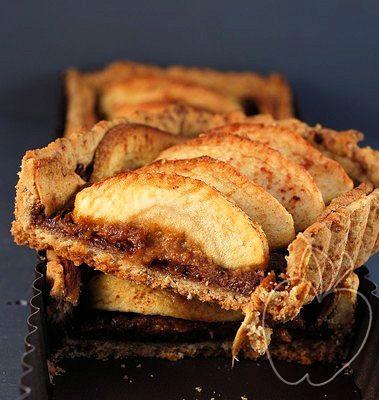 Tarta integral de manzana con compota de ciruelas Whole crust apple pie with plums sauce Tarte aux pommes à la pâte complète crème citron pruneaux