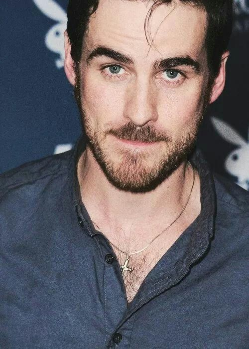 Colin O'Donoghue. seriously?? what's with the cute tiny piece of hair and sneak-attack dimples? i'm done.