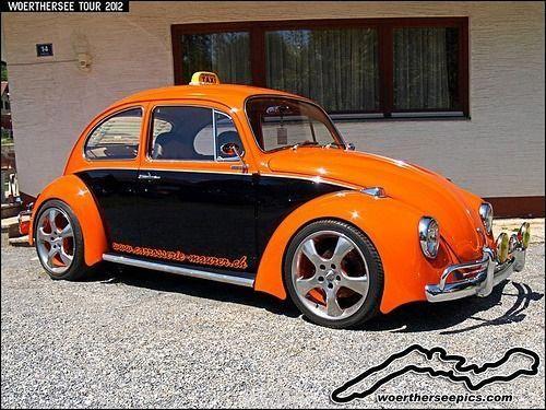 """Orange und schwarzer VW Käfer """"Taxi"""" #VolkswagonClassiccars   – Volkswagen!!"""