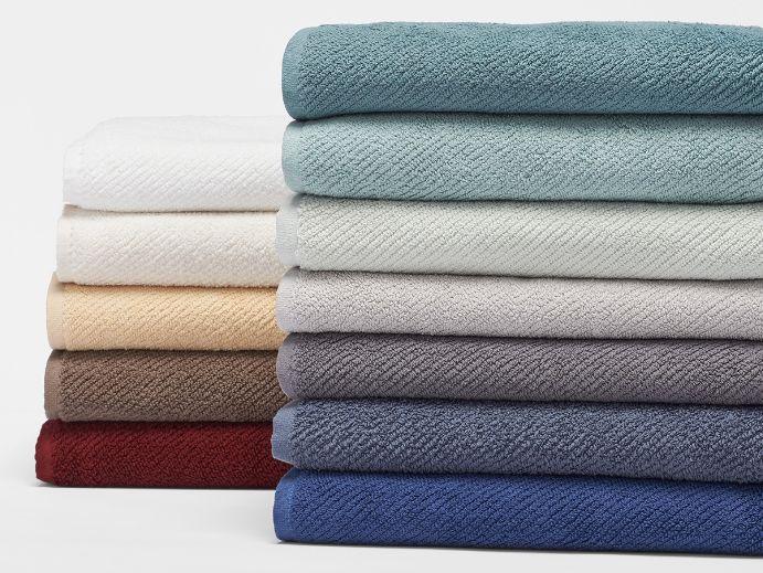 Best 10 Towels And Bath Mats Ideas On Pinterest