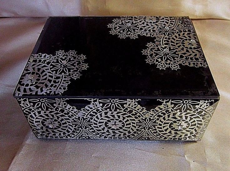 BEVELED GLASS TRINKET BOX - Black w/Silver Snowflake Design and Silver Sequins #Unbranded #BaroqueRococoStyle $15.99