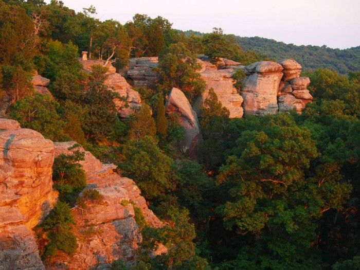 These 13 Hiking Spots In Illinois Are Completely Out Of This World